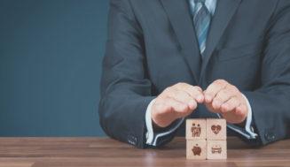 Razlika med naložbenim življenjskim zavarovanjem in zavarovanjem za primer smrti
